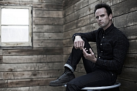 Justified S3 Walton Goggins 003